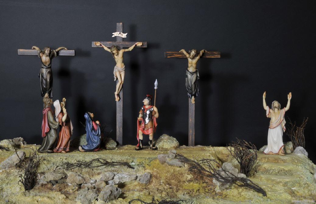 Passionskrippnfiguren aus Holz ,Osterkrippe geschnitzt, geschnitzte Osterkrippe, geschnitzte ...